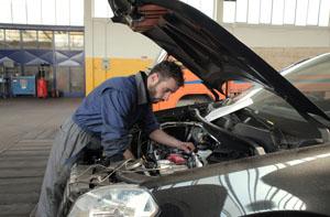 Auto & Mechanic Schools - Trade School Advisor
